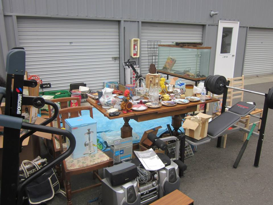 Charmant Many Of Our Tenants Open Up Their Units To Sell Some Of Their Treasures  Including Antiques, Collectibles, Clothing, Toys, Furniture And ...